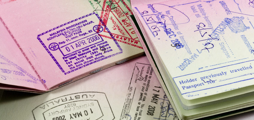 Passeports avec tampons et visa working Holiday