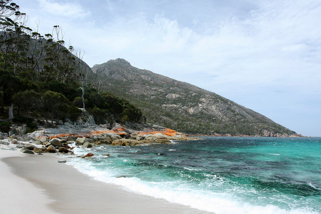 Wineglass Bay. Photo : Andrea Schaffer /flickr