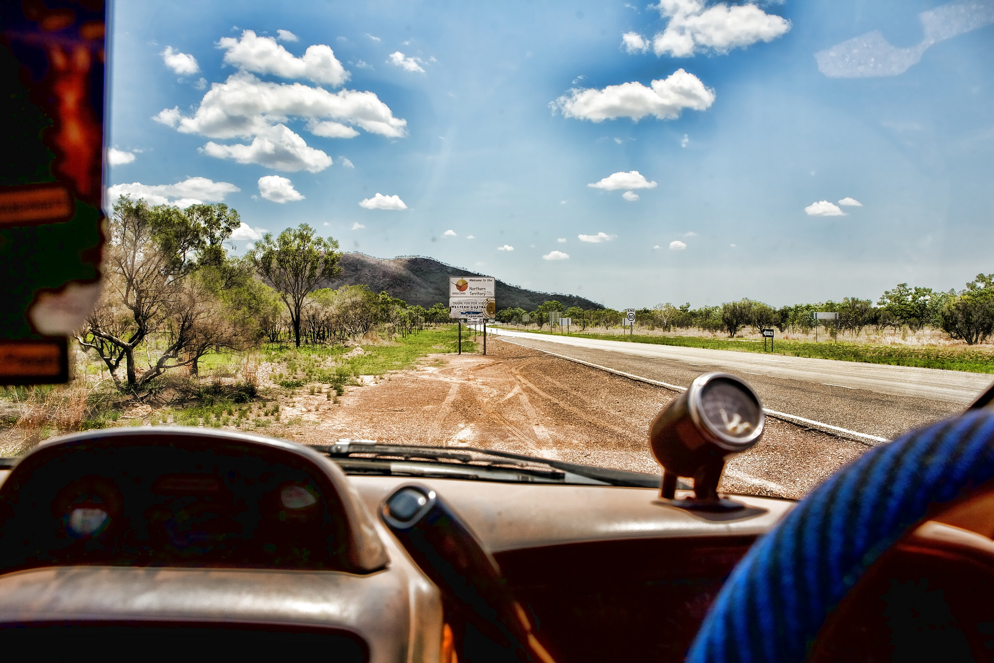 Road trip en Australie, paysage vu d'une voiture