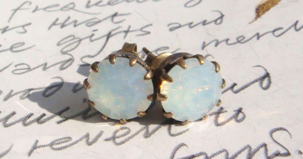 Boucles d'oreilles en opale typique de l'Australie